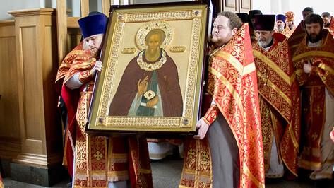 В Благовещенский собор Воронежа сегодня доставили чтимую икону Сергия Радонежского