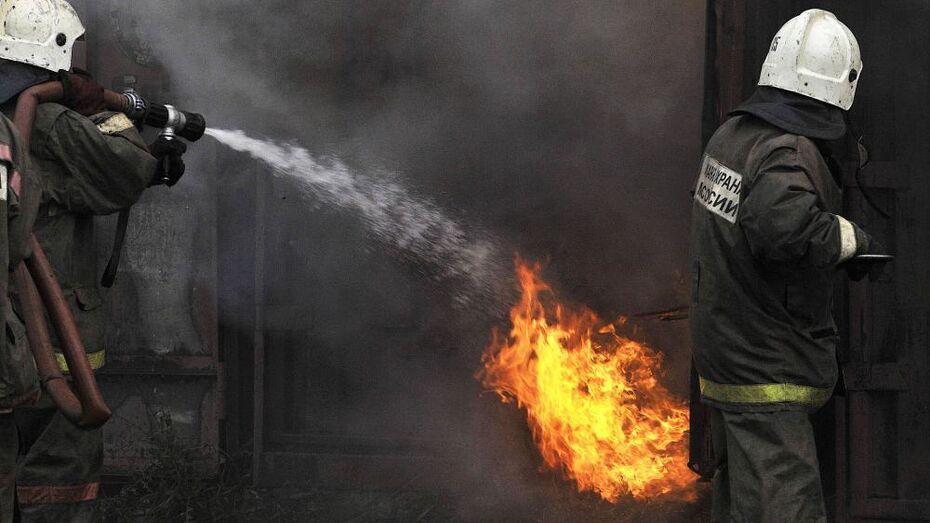 Взрыв в мебельном цехе предотвратили воронежские пожарные