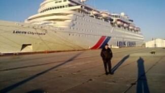 Верхнемамонец встречает в Сочи корабли с туристами