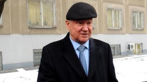 Экс-губернатора Владимира Кулакова ограничили в чтении дела «Воронежинвеста»