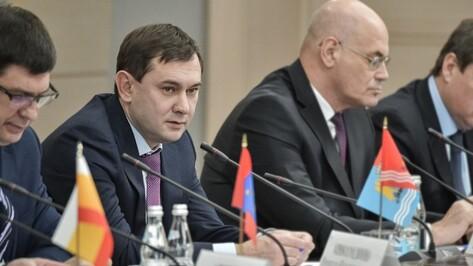 Спикер Воронежской облдумы укрепился в годовом рейтинге глав законодательных органов