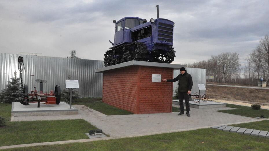 Памятник сельским труженикам появился в репьевском селе Прилепы