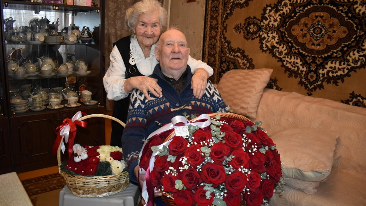 Супруги из Поворино отметили благодатную свадьбу