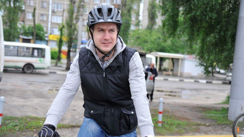 Вице-мэр Воронежа приехал «На работу на велосипеде»