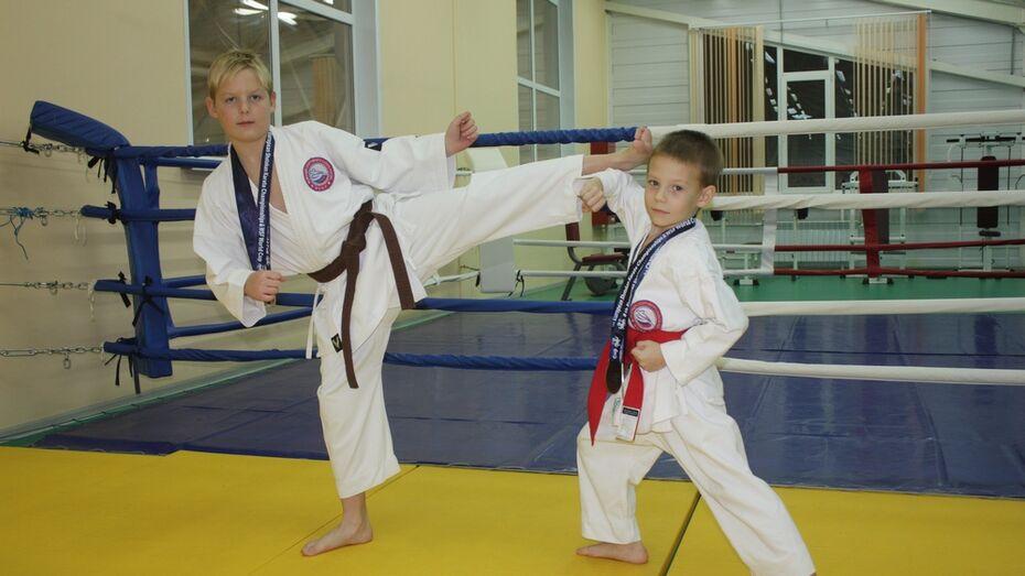 Хохольские каратисты завоевали 3 «золота» на всероссийских соревнованиях