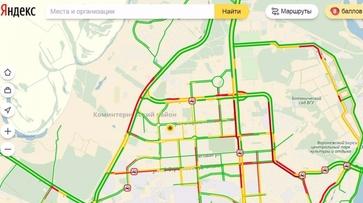 В Воронеже утренние пробки достигли 8 баллов из-за снегопада