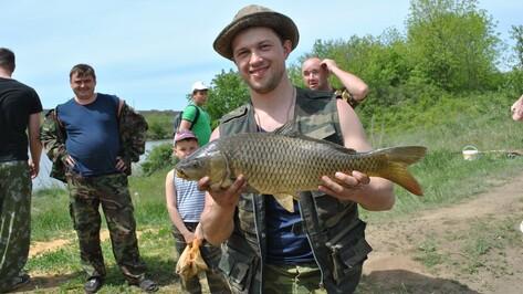 В семилукской Кондрашовке прошли районные соревнования рыболовов-любителей