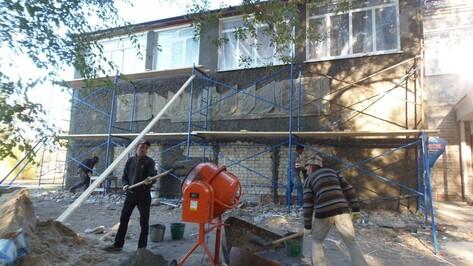 В Лозовском Центре культуры Верхнемамонского района возобновили ремонт