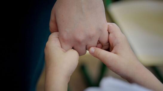 Детей, осиротевших после трагедии под Воронежем, взяла под опеку бабушка