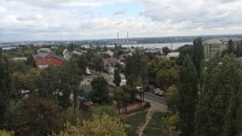 Воронежцы заметили новую колонну белых грузовиков на Чапаева