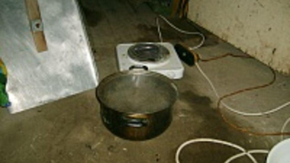 В День влюбленных в Острогожске молодежь готовила гашишное масло