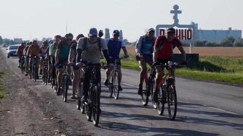 Панинцы встретили участников велопробега Урюпинск-Тула