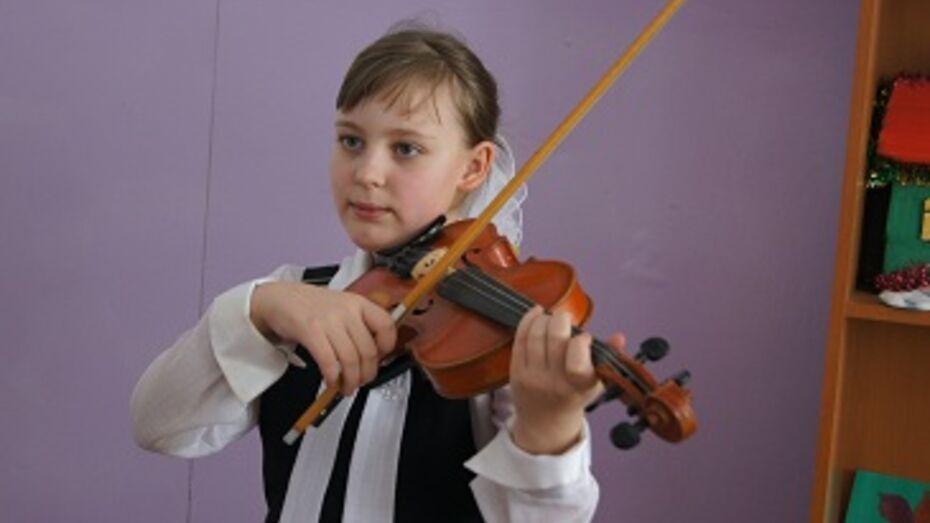 По вечерам  жители села Ярки на окраине Новохоперского района ходят на скрипичные концерты