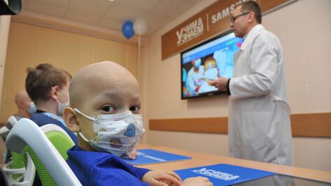 Воронежцам предложили отказаться от букета на 1 сентября в пользу онкобольных детей