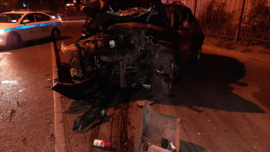 В ДТП у Адмиралтейской площади в Воронеже погиб пассажир Toyota