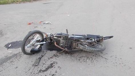 В Воронежской области столкнулись мопед и «КАМАЗ»: погиб подросток