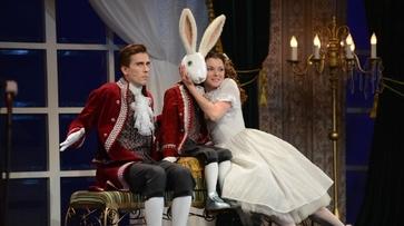 Второй воронежский Маршакфест завершился спектаклем «Кролик Эдвард»