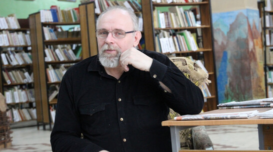 Кантемировцев пригласили на выставку картин подгоренского художника Алексея Филипенко