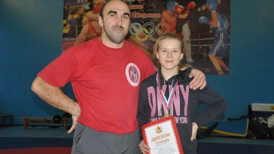 Юная репьевская спортсменка стала «Мисс Спортивная борьба» Воронежской области