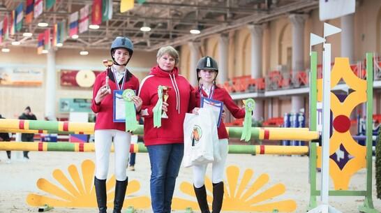 Павловские спортсменки взяли все «золото» первенства Московской области по конкуру