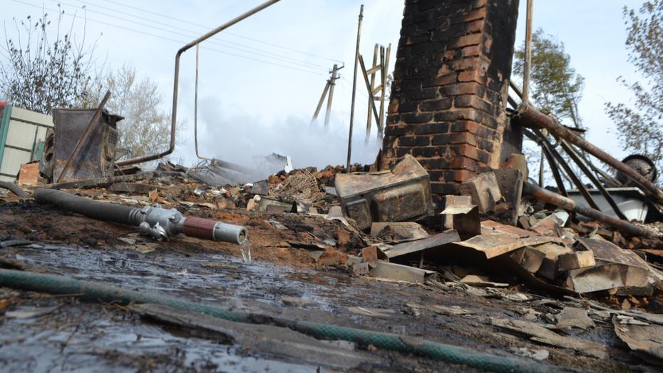 Пожар в воронежском селе обернулся уголовным делом о халатности