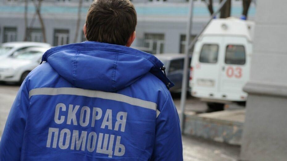 На трассе под Воронежем МАЗ насмерть сбил водителя иномарки