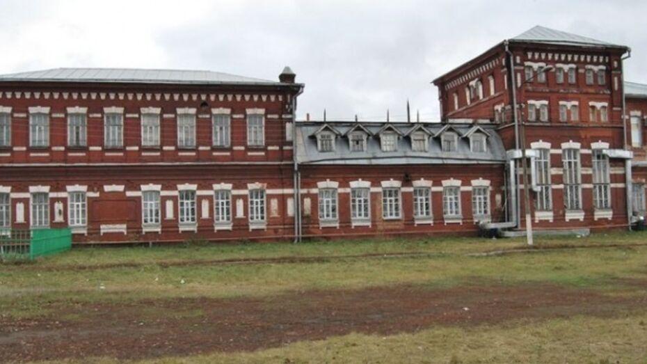 Бутурлиновский ЛВЗ в марте выпустит первые 7,5 тысяч декалитров «Графа Бутурлина»