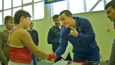 В Бутурлиновке завершился турнир по боксу на призы фонда Дениса Лебедева