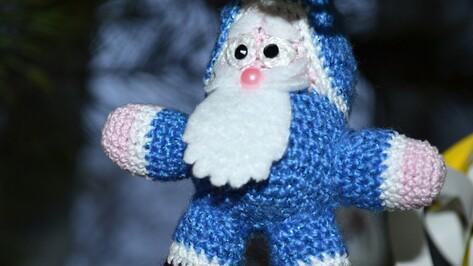 Лискинские библиотекари организуют выставку Дедов Морозов