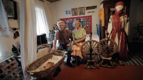 Пенсионеры Корольковы из Рамонского района открыли в своем деревенском доме уникальный музей