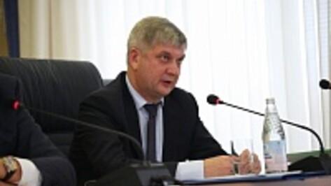 Мэр Воронежа Александр Гусев занял вторую строчку апрельского медиа-рейтинга глав столиц ЦФО