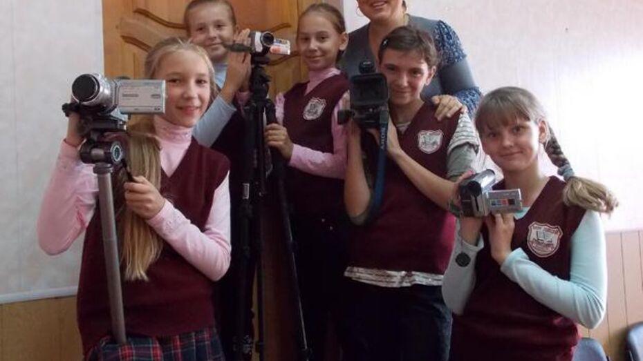 Школьники из Верхнемамонского лицея сняли фильм-сказку «Сказ про Ивана»
