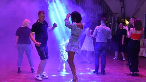 Популярный воронежский бар временно закрыли из-за нарушения санитарных норм