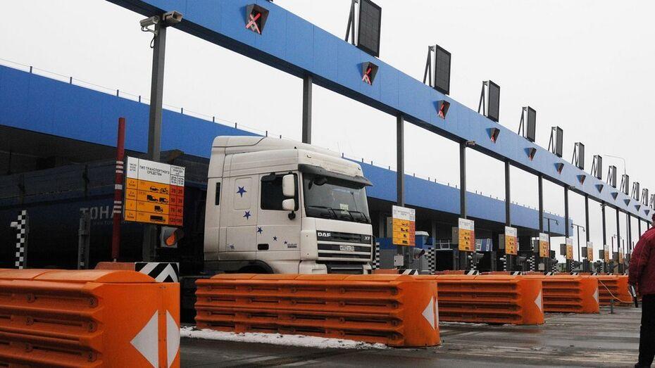 Водители грузовиков предпочли трассе М4 бесплатный объезд по Воронежу