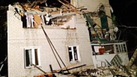В Воронежской области хлопок газа разрушил три квартиры, погиб мужчина