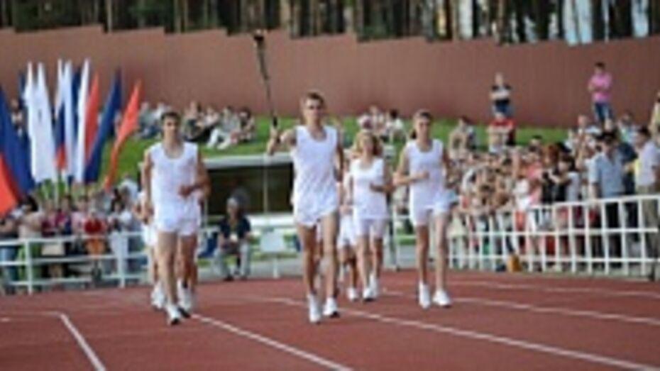 На сельские игры в Нововоронеж приехали 1900 спортсменов