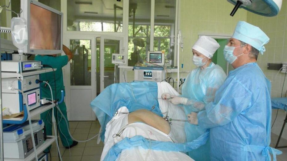 В Воронеже спасли пациентку с 200-граммовым камнем в единственной почке