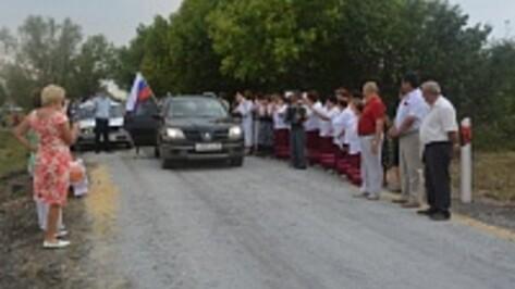 В селе Синие Липяги укрепили щебнем больше километра дороги