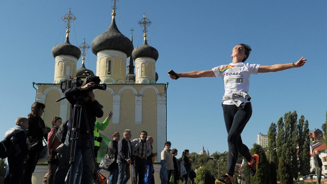 Третий «Воронежский марафон» прошел на Адмиралтейской площади