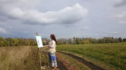 Вспышки мысли, оттенки чувств. Что вдохновляет на свершения воронежскую художницу-самоучку