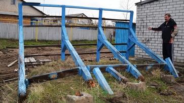 В Репьевском районе шквалистый ветер оставил без света 3 села