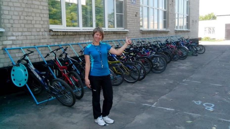 В павловской школе появилась велопарковка