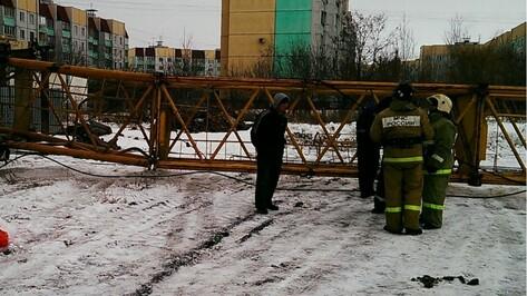 Под Воронежем при обрушении крана погибла женщина