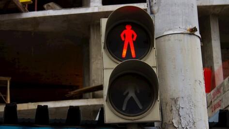 В Воронеже из-за аварии на электросети отключились светофоры