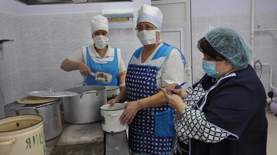 В детсаду павловского села Петровка капитально отремонтировали пищеблок