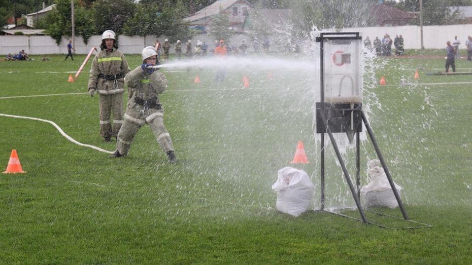 Павловские огнеборцы показали один из лучших результатов на смотре-конкурсе пожарных дружин