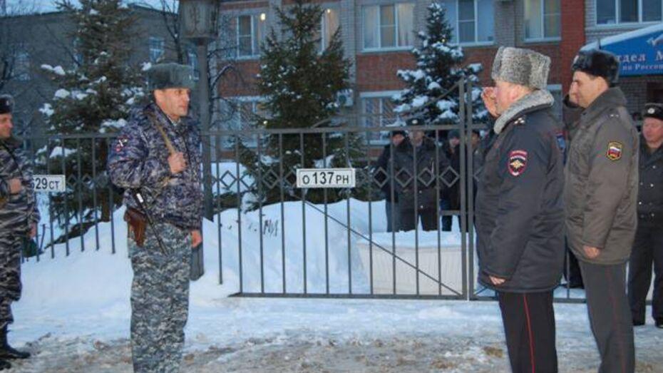 Россошанские и Поворинские полицейские вернулись из Чечни