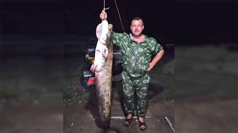 Воронежские рыбаки поймали в Дону 2-метрового сома