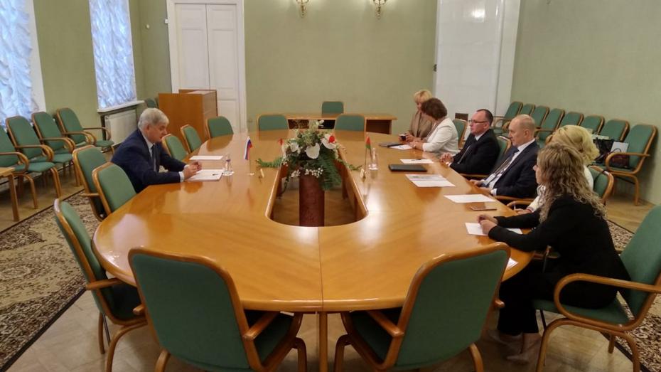 Воронежский губернатор пригласил студентов из Белоруссии на «Турнир трех наук»
