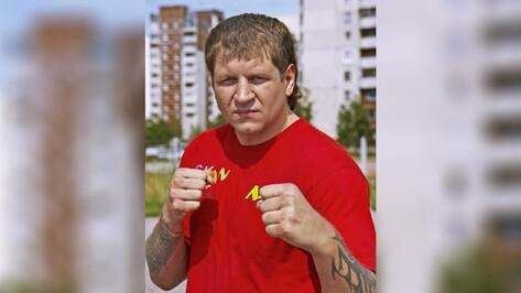 Суд освободил бойца Александра Емельяненко из воронежской колонии